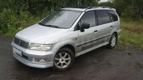Фото Mitsubishi Space Wagon
